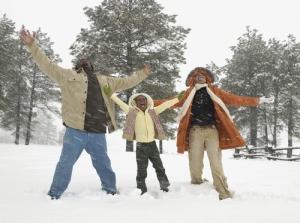 Black-Family-in-Snow